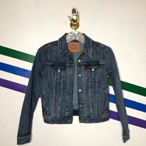 NEW Levi's denim jacket